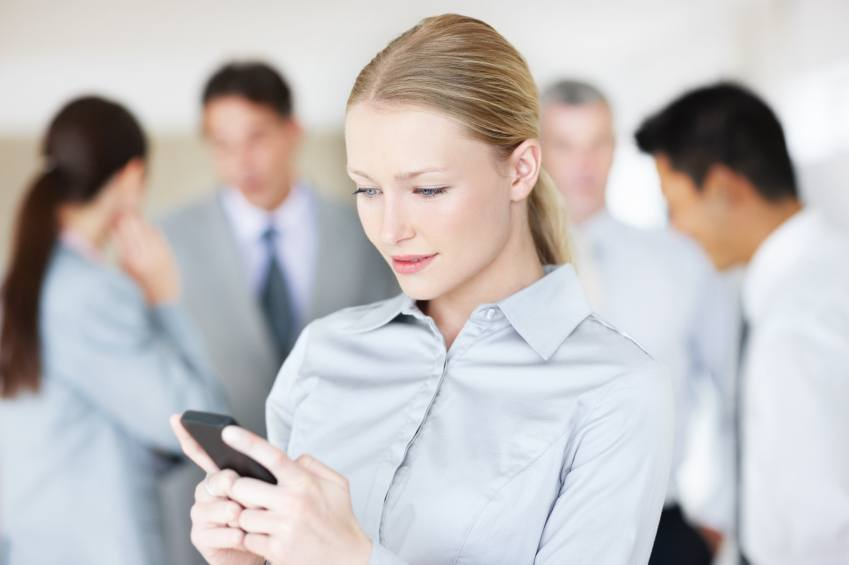 Employees And Social Media – Tweets, Texts, & IMs